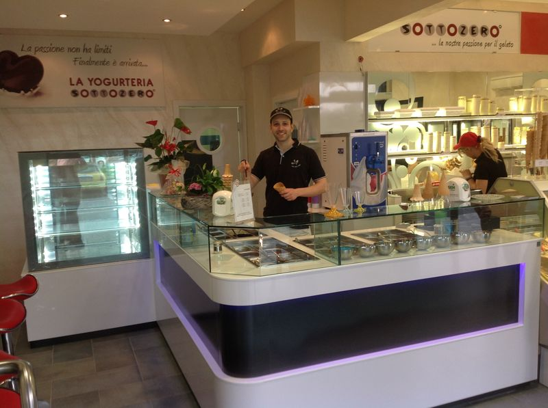 GELATERIA SOTTOZERO - LEINI' (TO)